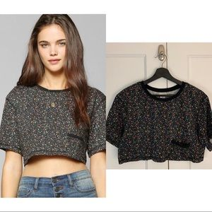 UO Cooperative Boxy Cropped Splattered Top Small